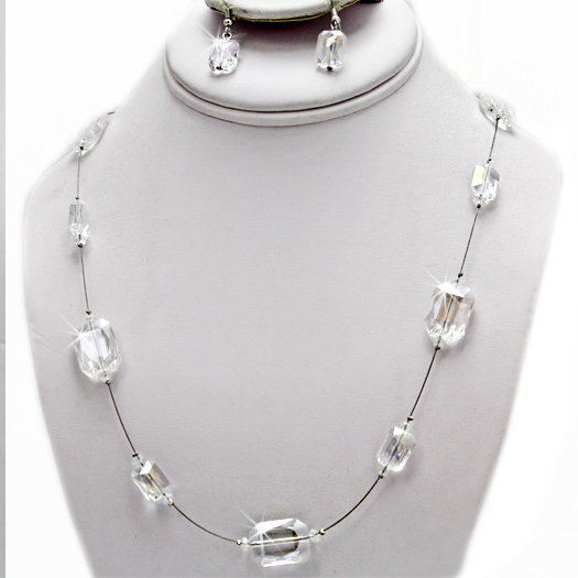500102-CLEAR - WHOLESALE GLASS CRYSTAL NECKLACE SET