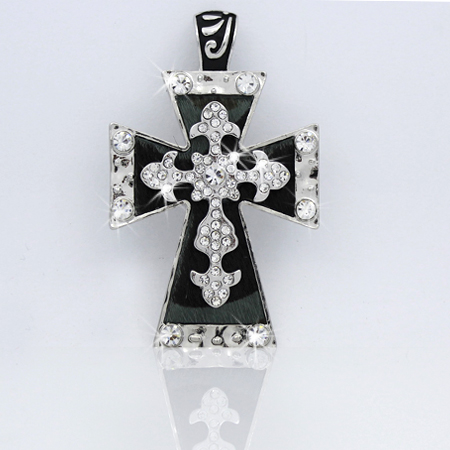 PNDT-519-CAMO - MAGNETIC HAIR ON HIDE CROSS PENDANT