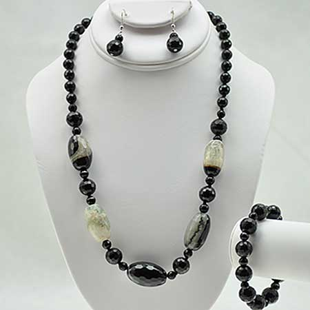 NKL-23-BLACK (SET OF 3) - WHOLESALE GENUINE CRYSTAL AND GLASS NECKLACE SET