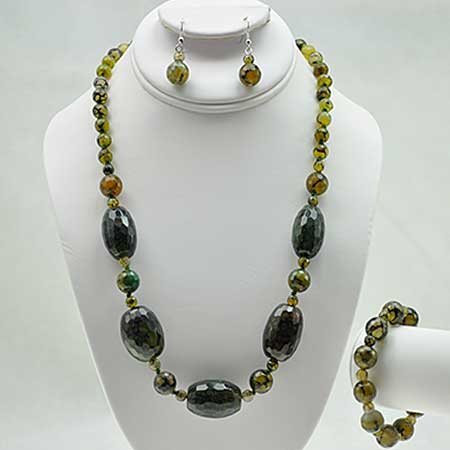 NKL-23-GREEN (SET OF 3) - WHOLESALE GENUINE CRYSTAL AND GLASS NECKLACE SET