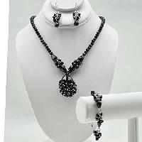 NKL-16-BLACK (SET OF 3) - WHOLESALE GENUINE CRYSTAL AND GLASS NECKLACE SET